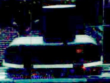 Googleの撮影車両のカメラ・ユニットと思われる装置の拡大写真(やはりコントラスト補正)