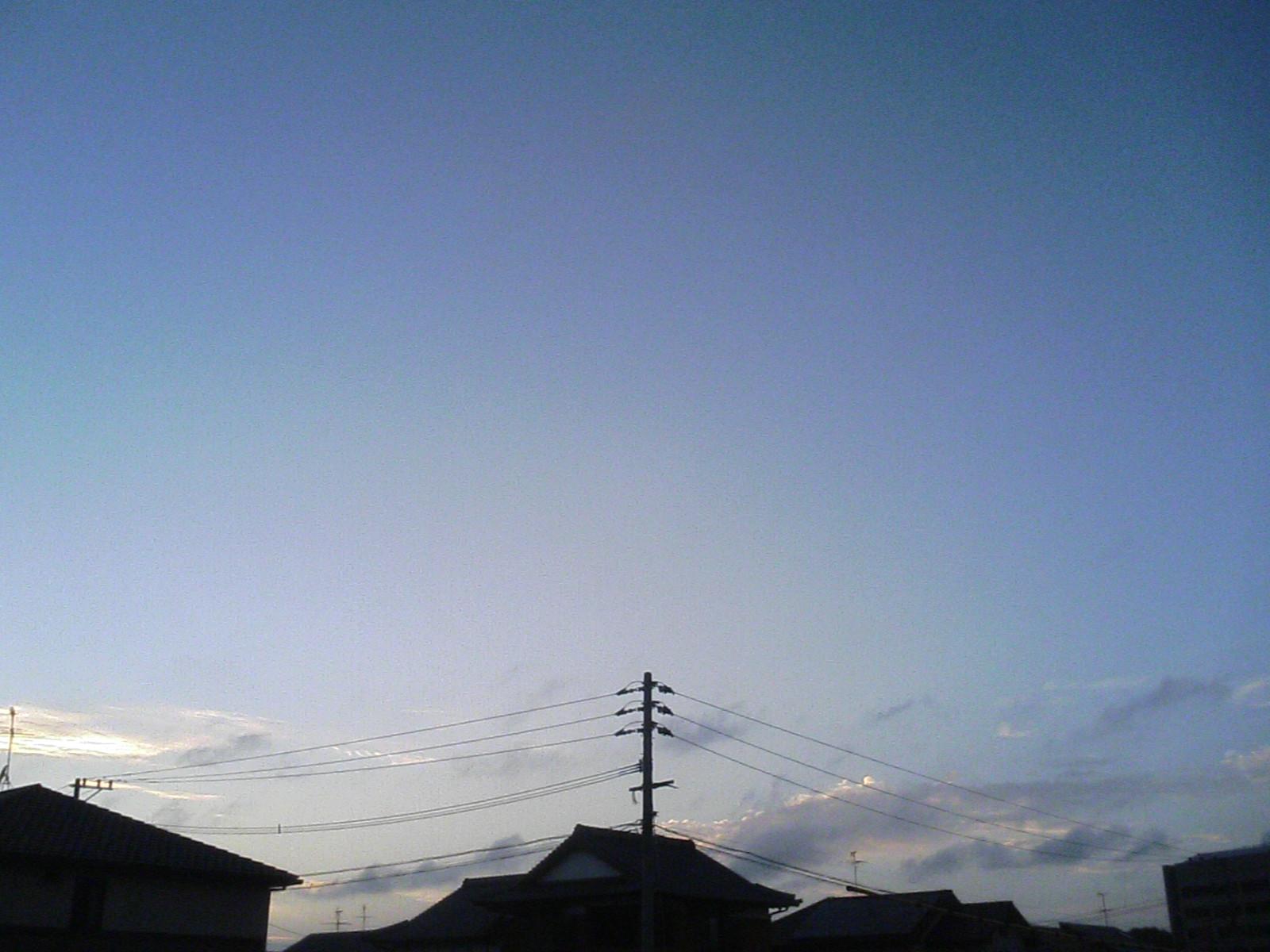 台風04号(JUL2007):台風一過の青空(ついさっき、北九州市内)